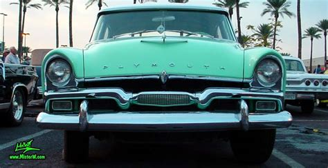 Frontview of a 56 Plymouth Belvedere | 1956 Plymouth