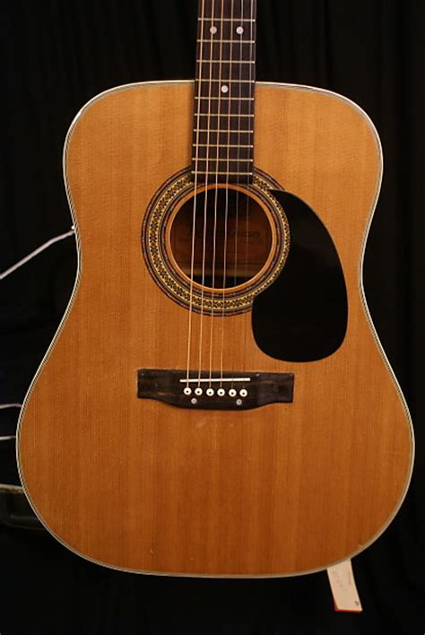 Alvarez 5023 1970s MADE IN JAPAN Acoustic Guitar with a