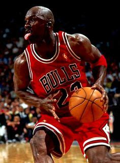 Why Lebron is Better Than Jordan – The Wolverine Times