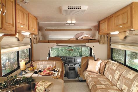 Motorhome Interior   Monty's RV Camping Pictures